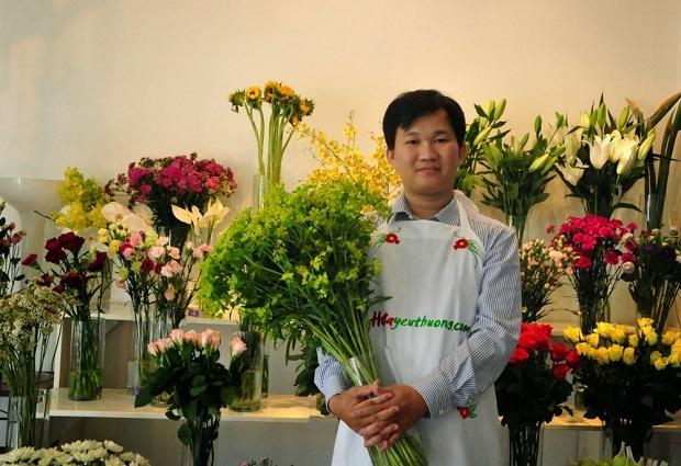 Phạm Hoàng Thái Dương với thương hiệu Hoa Yêu Thương.
